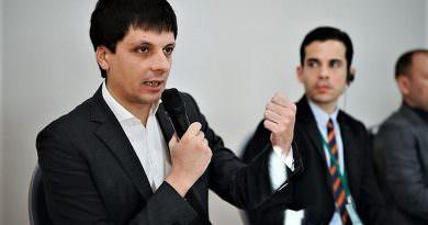 Ukrayna, devlete ait işletmelerdeki yolsuzluk nedeniyle GSYİH'nın % 1'ini kaybediyor
