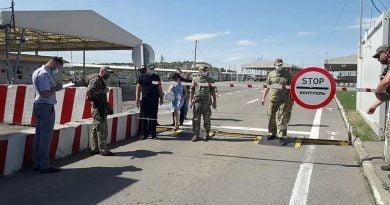 Ukrayna, karantina döneminde Donbass sınırını geçme kurallarını değiştirdi