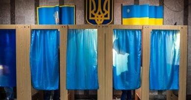 Ukrayna'da yerel seçim kampanyası resmi olarak başladı