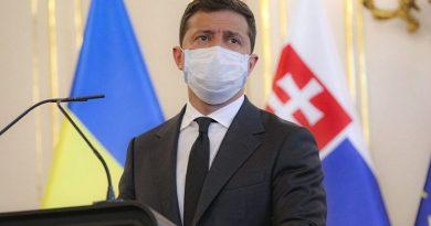 Zelenskiy, Ukrayna'da ikinci COVID-19 dalgasını duyurdu